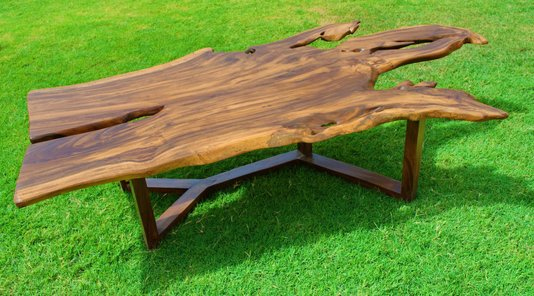 Bava Table