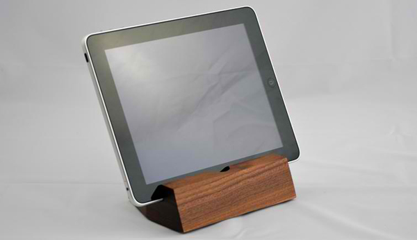 Koostik_iPad_Walnut