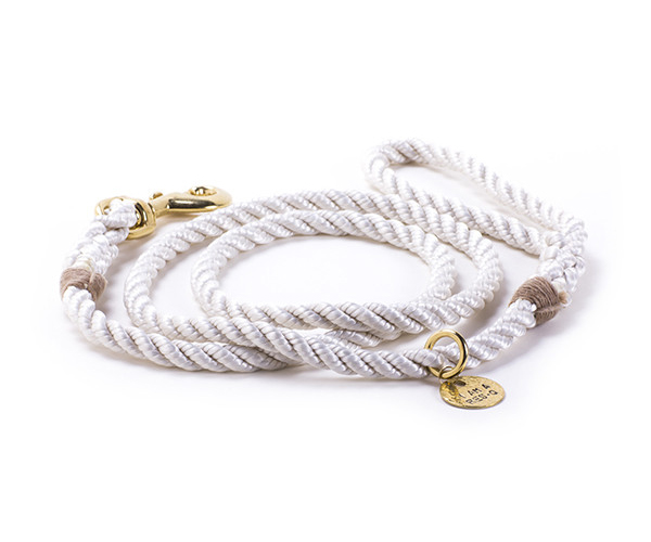 leash_white_600x600_1024x1024