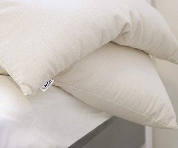 hullo-pillow-2