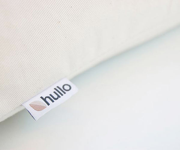 hullo-pillow-4